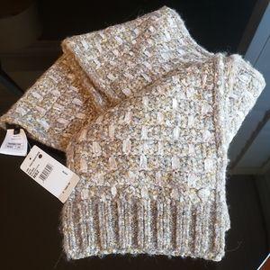 Chanel Fantasy Tweed 18K wool alpaca scarf